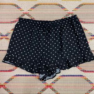 Women's Mossimo polka dot ruffle shorts - XL